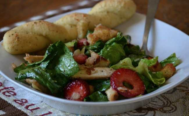 Chicken Berry Salad - Tuckers Black Angus Ranch